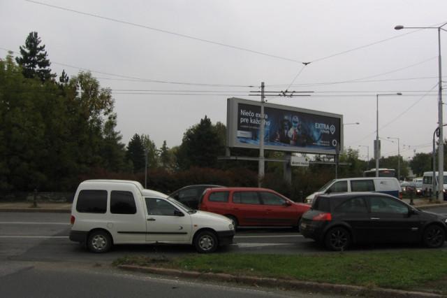 Pozemok v križovatke Banská Bystrica